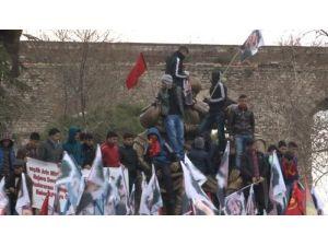 Fatih'te Öcalan protestosu