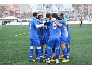 Tatvan Gençlerbirliği, Kurtalan Spor'u 4 – 0 mağlup etti