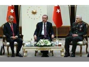 Cumhurbaşkanı Erdoğan, Geçici Köy Korucuları Heyetini Kabul Etti