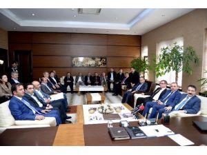 AK Parti'den Başkan Külcü'ye Ziyaret