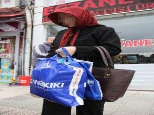Marketten Hırsızlık Yapan Kadın Suçüstü Yakalandı