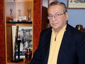 Fenerbahçe Eski Yöneticisi Şadan Kalkavan Vefat Etti.