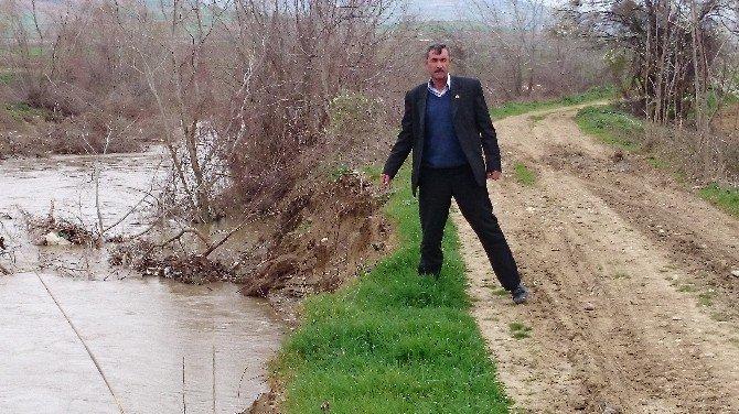 Barajın Suyu, Arazi Yollarını Yuttu