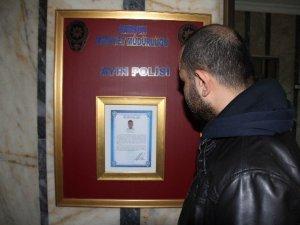 Ayın Polisi Ödülü Verildi
