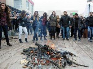 OMÜ'de Nevruz Ateşi Yakıldı