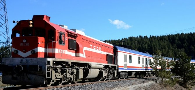 Van'da Trene Bombalı Tuzak: 2 Yaralı