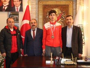 Türkiye Üçüncüsü Samsun Kavak'tan Çıktı