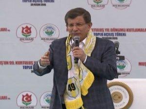 Başbakan Davutoğlu HDP'Yi Sert Dille Eleştirdi