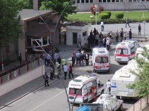 """''Gaziantep Patlamasında 18'i Polis 22 Yaralı Var"""""""