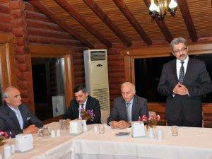 Samsun Büyükşehir Belediye Başkanı Yılmaz'dan Murat Asar'a Veda Yemeği