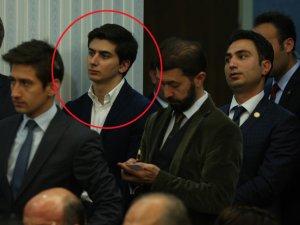 Davutoğlu'nun Toplantısında Sürpriz İsim