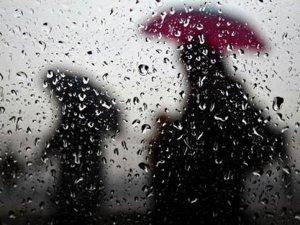 Çorum'da Sağanak Yağış Hayatı Felç Etti