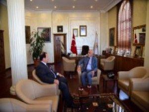 Samsun Büyükşehir Belediye Başkanı Yılmaz'a Kadir Güven'den Veda Ziyareti