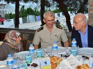 Samsun'da Garnizon Komutanlığı'ndan Şehit Yakınları Ve Gazilere İftar