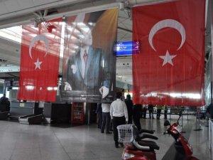 THY İstanbul'daki Saldırının Ardından 340 Seferini İptal Etti