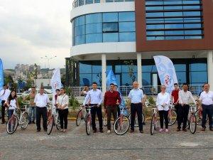 Samsun Halk Sağlığından Gençlik Merkezlerine 20 Bisiklet