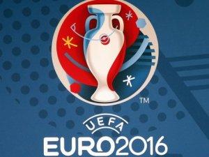 EURO 2016'dan Türkiye İçin 1 Dakikalık Saygı Duruşu