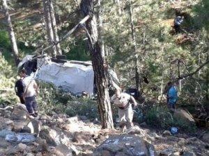 Bursa'da Minibüs Şarampole Uçtu: 1 Ölü, 13 Yaralı