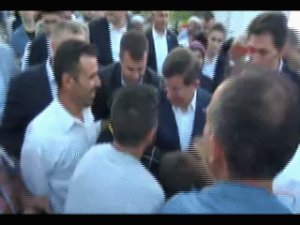Ahmet Davutoğlu'na Konya'da Büyük İlgi