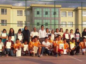 Küçük Yesevi'lere Ahmet Yesevi Üniversitesinden Destek