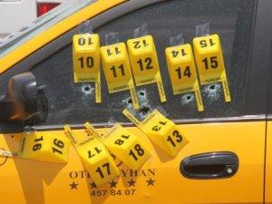 Adana'da Taksiciye Kırmızı Işıkta 9 Kurşun Sıkıldı