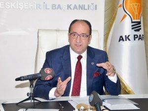 AK Parti İl Başkanı Tramvay Polemiğine Cevap Verdi