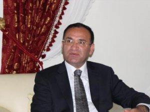 Adalet Bakanı Bozdağ'dan AP'ye Terör Tepkisi