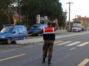 """Diyarbakır'da """"Bombalı Araç"""" Teyakkuzu"""