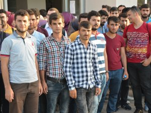 Yüzlerce İlahiyat Öğrencisi Cumhurbaşkanı Erdoğan'dan Yardım Bekliyor