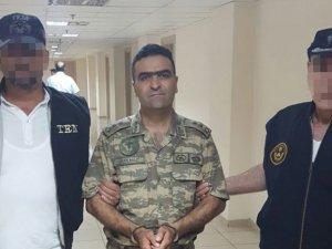 İzmir'de 1 Albay 2 Yarbay Gözaltına Alındı