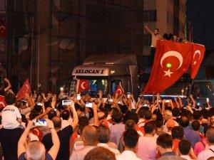"""Başkan Togar; """"Millet Demokrasiye Ve Milli İradeye Sahip Çıktı"""""""