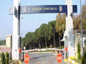 İstanbul İl Jandarma'da Arama Yapılıyor
