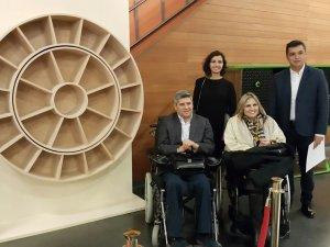 Genç Mucitlerden Engellilere Özel, Erişimi Kolay 'Dönen Kitaplık'
