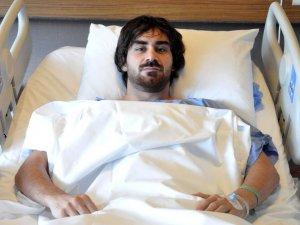 Beşiktaş'lı Veli Kavlak, Boyun Fıtığı Ameliyatı Oldu