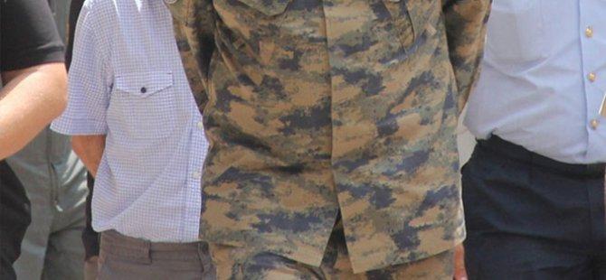 Darbeye Karışmayan Bin 200 Asker Serbest Bırakıldı