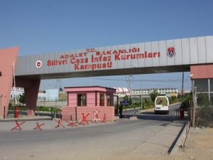 Darbeci Albay Cezaevinde İntihar Etti