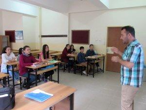 Samsun Kavak'ta Ortaokul Öğrencilerine Destekleme Kursu