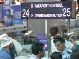 Yurt Dışına Kaçacaklardı Yakalandılar