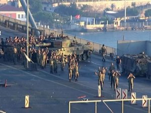 Demokrasi Şehitlerinin Yakınlarına 3 Bin 203 TL Maaş