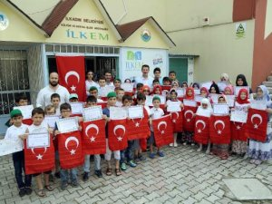 Samsun'un İlkadım İlçe Belediye Başkanı Tok'tan Minik Öğrencilere Belge