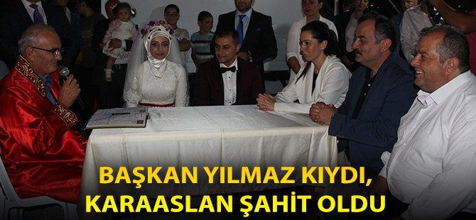 Samsun Büyükşehir Belediye Başkanı Yılmaz, Demokrasi Nöbetinde Bir Çiftin Nikahını Kıydı