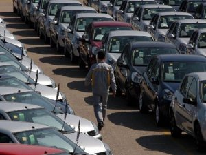 Otomobil Ve Hafif Ticari Araç Pazarı İlk 7 Ayda Azaldı