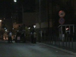 Kosova Meclisi'ne Ağır Silahla Saldırı Düzenlendi