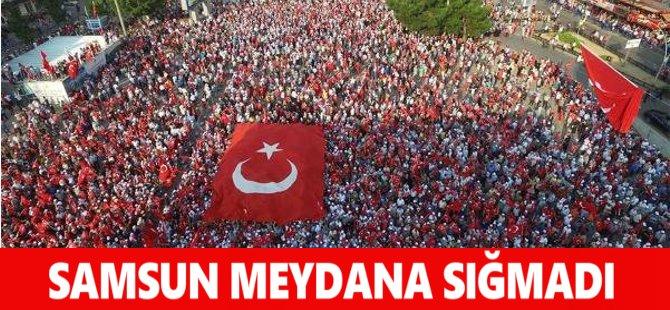 Samsun'da 10 Bin Kişi Dev Ekrandan Yenikapı'daki Mitingi İzledi