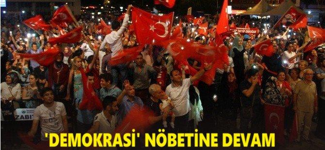 Samsun'da Demokrasi Nöbeti Devam Ediyor