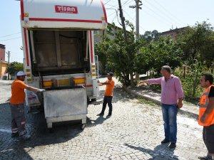 Samsun'un Tekkeköy İlçesinde Konteynerler Dezenfekte Ediliyor