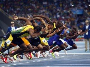 Usain Bolt Tarihe Geçti