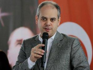 Gençlik ve Spor Bakanı Kılıç, Milli Güreşçi Rıza Kayaalp'i Tebrik Etti