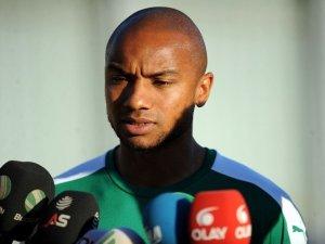 """Joshua: """"Bursaspor'a Gelmek İçin Savaş Verdim"""""""