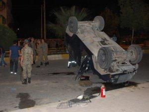 Otomobil İle Zırhlı Araç Çarpıştı: 1 Şehit, 2 Ağır Yaralı